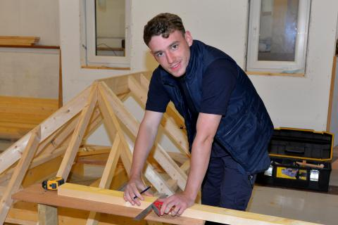 CR Smith Apprenticeship
